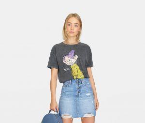 Stradivarius x Disney : le T-shirt avec Simplet (Blanche Neige et les sept nains)