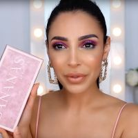 Sananas sort une collab de maquillage glam et girly avec Sephora