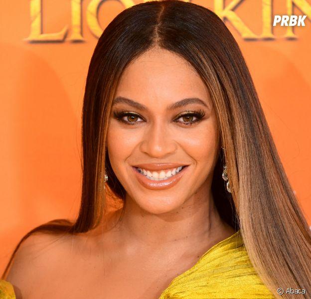 Beyoncé mentirait-elle sur son âge ? Sa mère Tina Knowles gaffe, les fans s'interrogent