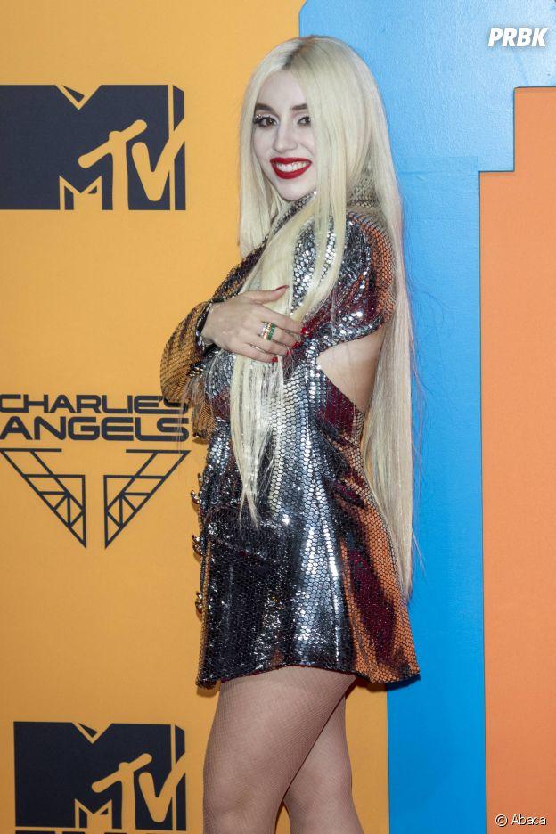 MTV EMA 2019 : Ava Max sur le red carpet