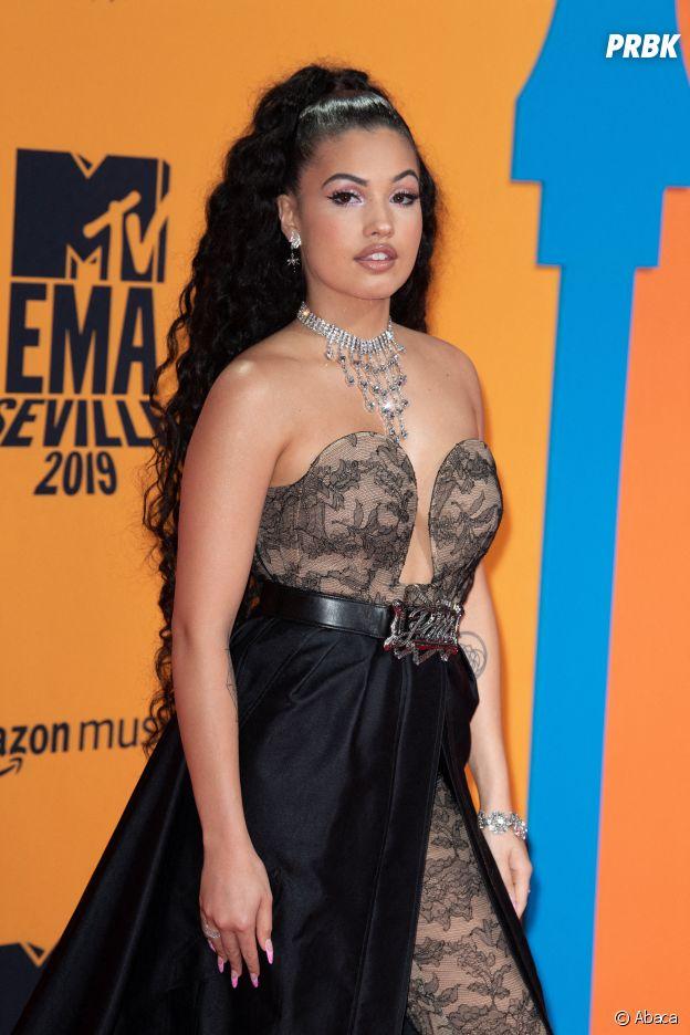 MTV EMA 2019 : Mabel sur le red carpet