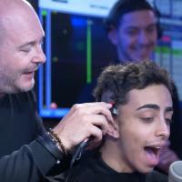 Bilal Hassani gagnant aux NMA 2019 : après son pari avec Cauet, il se rase la tête en direct sur NRJ