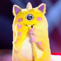 Mask Singer : Ary Abittan est-il la célébrité cachée sous le costume du monstre ? Il répond