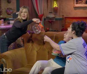 Friends : Jennifer Aniston piège les fans de la série et c'est génial