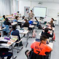 """Jean-Michel Blanquer prévoit """"un retour normal en classe"""" à la rentrée"""