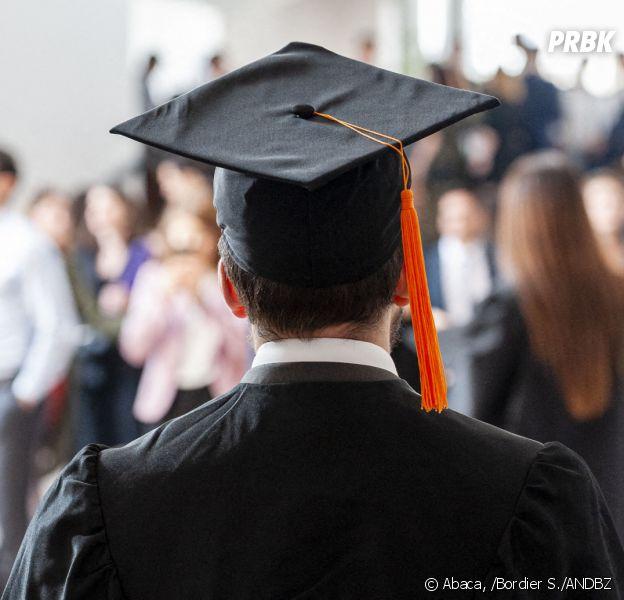 Les frais d'inscription dans les universités françaises vont augmenter pour les étudiants étrangers, le Conseil d'Etat a en effet validé la hausse des tarifs