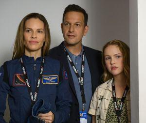 Away : découvrez la bande-annonce de la nouvelle série Netflix avec Hilary Swank, Josh Charles et Talitha Bateman