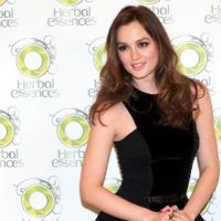 Photos ... Leighton Meester ... Sublime pour Herbal Essences