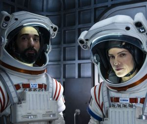 Away : la série Netflix aura-t-elle une saison 2 ? Hilary Swank répond et la showrunner donne des pistes sur la possible suite
