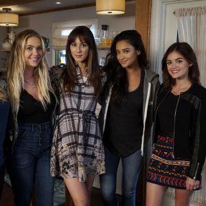 """Pretty Little Liars de retour : HBO Max commande un reboot """"horrifique"""" avec une histoire différente"""