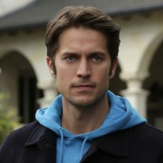 Lucas Bravo (Emily in Paris) : qui est le beau Gabriel dans la série Netflix ?
