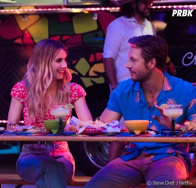 Emma Roberts et Luke Bracey dans Holidate, dispo sur Netflix