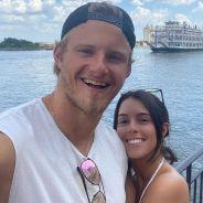 Alexander Ludwig fiancé à Lauren Dear : l'acteur de Vikings annonce la nouvelle en photos