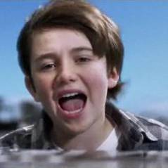 Greyson Chance ... Waiting Outside The Lines, son premier clip