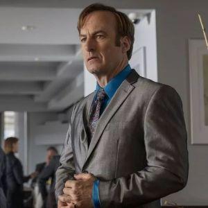 Better Call Saul saison 6 : Bob Odenkirk hospitalisé d'urgence, Bryan Cranston s'inquiète et prie