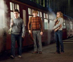 Harry Potter : le Poudlard Express débarque à Paris ce week-end et l'univers des sorciers envahit plusieurs gares de la SNCF en France