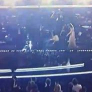 Christina Aguilera ... Sa grosse chute en live aux Grammy Awards 2011 (vidéo)