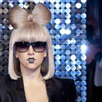 Lady Gaga ... Au défilé Thierry Mugler à Paris (VIDEO)