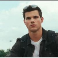 Taylor Lautner ... La bande-annonce d'Abduction, avec sa girlfriend Lily Collins (VIDEO)