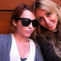 Miley Cyrus s'éclate en Argentine avec sa maman (PHOTOS)