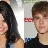 Justin Bieber et Selena Gomez en duo ... ils s'embrassent devant leurs amis (VIDEO)