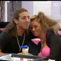 Secret Story 5 : Aurélie et Rudy (re)flirtent ensemble (VIDEO)
