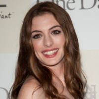 PHOTOS - Le glamour selon Anne Hathaway