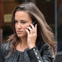 PHOTOS - Pippa Middleton dans les rues de Londres