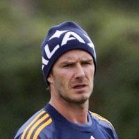 David Beckham à Paris : la presse anglaise l'envoie au PSG