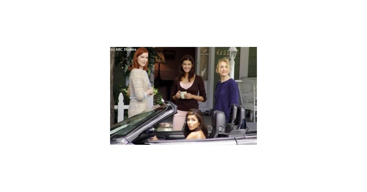 desperate housewives saison 8 m6 rediffuse la s rie. Black Bedroom Furniture Sets. Home Design Ideas