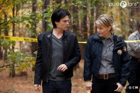 Vampire Diaries saison 3 - Damon et le Sheriff Forbes