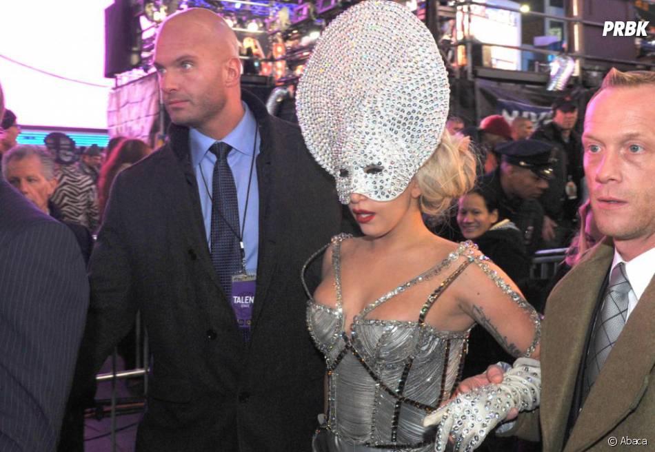 Lady Gaga et sa drôle de coiffure
