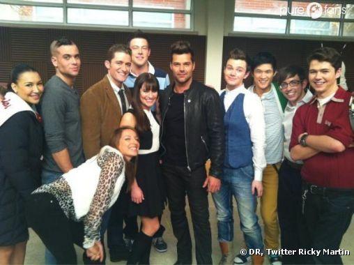 Ricky et le cast de Glee