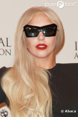 Lady Gaga en mère Theresa