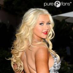 Christina Aguilera  : elle abuse de l'auto-bronzant, les médias s'affolent !