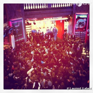 Les One Direction déchaîne la foule à Paris