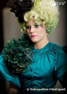 Elizabeth Banks joue Effie dans Hunger Games