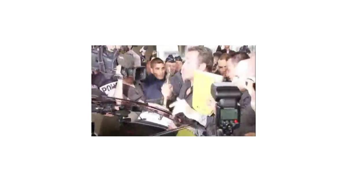 Jean dujardin retour muet et mouvement paris video for Jean dujardin muet