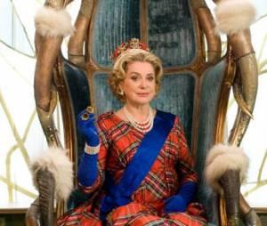 Catherine Deneuve dans Astérix et Obélix : au service de sa majesté