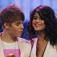 Selena Gomez : un fan lui vole son portable pour tel à Justin Bieber ! Enfin presque...