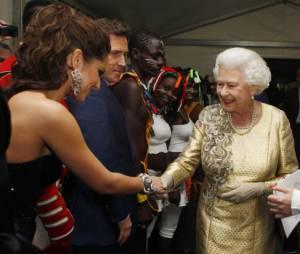 Cheryl Cole émue par sa rencontre avec Elizabeth II