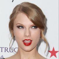 Taylor Swift : en couple avec le fils de Schwarzy ?!