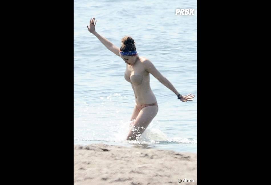 Elizabeth Olsen s'amuse comme elle peut !