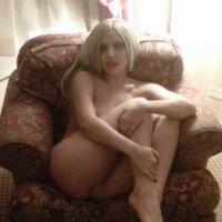 Lady Gaga : nue sur Twitter mais pas aux VMA ! Ses fans ultra vénères