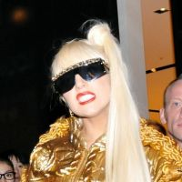 "Lady Gaga défend Kim Kardashian : ""laissez-nous porter de la fourrure !"""
