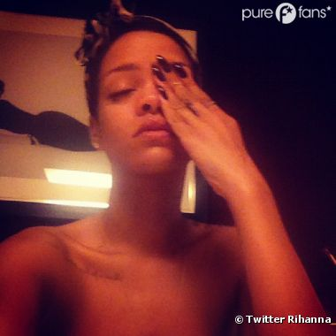 Rihanna topless pour son Breezy