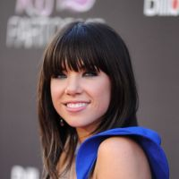 Carly Rae Jepsen : This Kiss, un extrait en mode galoche avant le clip ! (VIDEO)