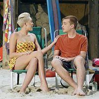 Miley Cyrus : des scènes de baisers bizarres dans Mon Oncle Charlie !