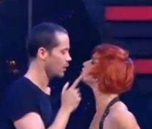 Emmanuel Moire fait un chacha sur Kiss