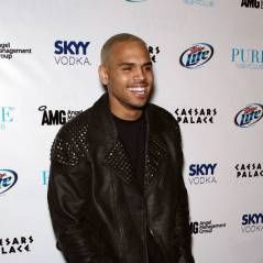 Chris Brown : recalé par un groupe à cause de ses violences envers Rihanna !